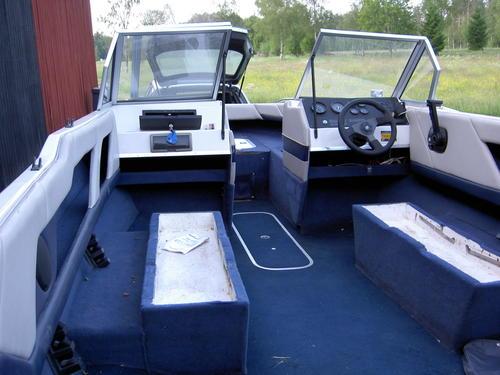 Limma matta i båt
