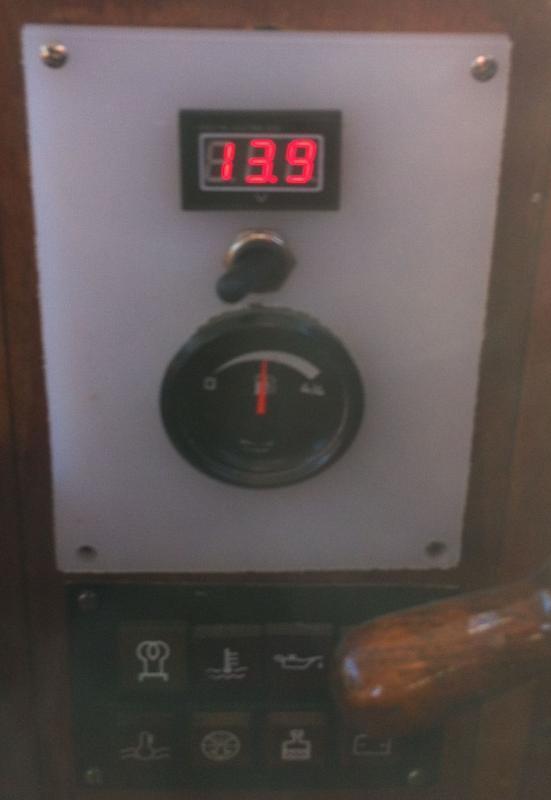 Batterimonitor biltema