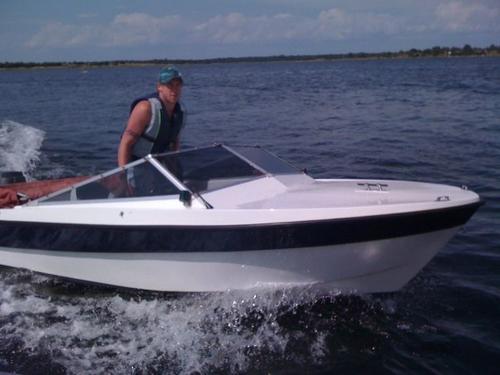 lacka om båten kostnad