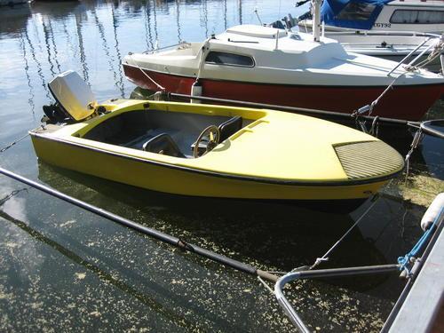 vad heter botten på en båt