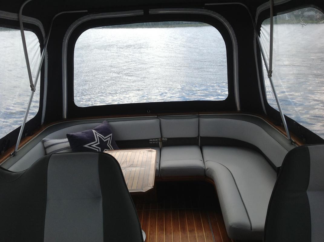 Fantastisk Nya dynor Draco 2700 Sterling - MotorbåtSnack - Maringuiden RQ-52