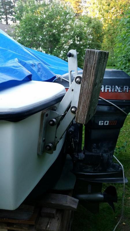 motorfäste båt biltema