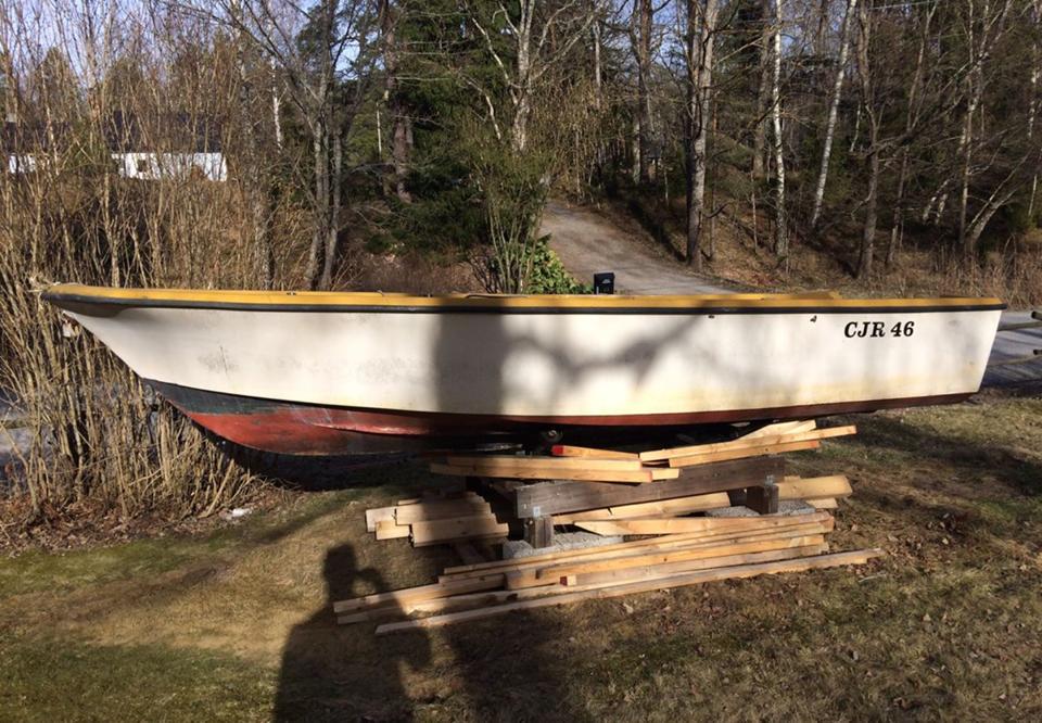 hur renoverar man en plastbåt