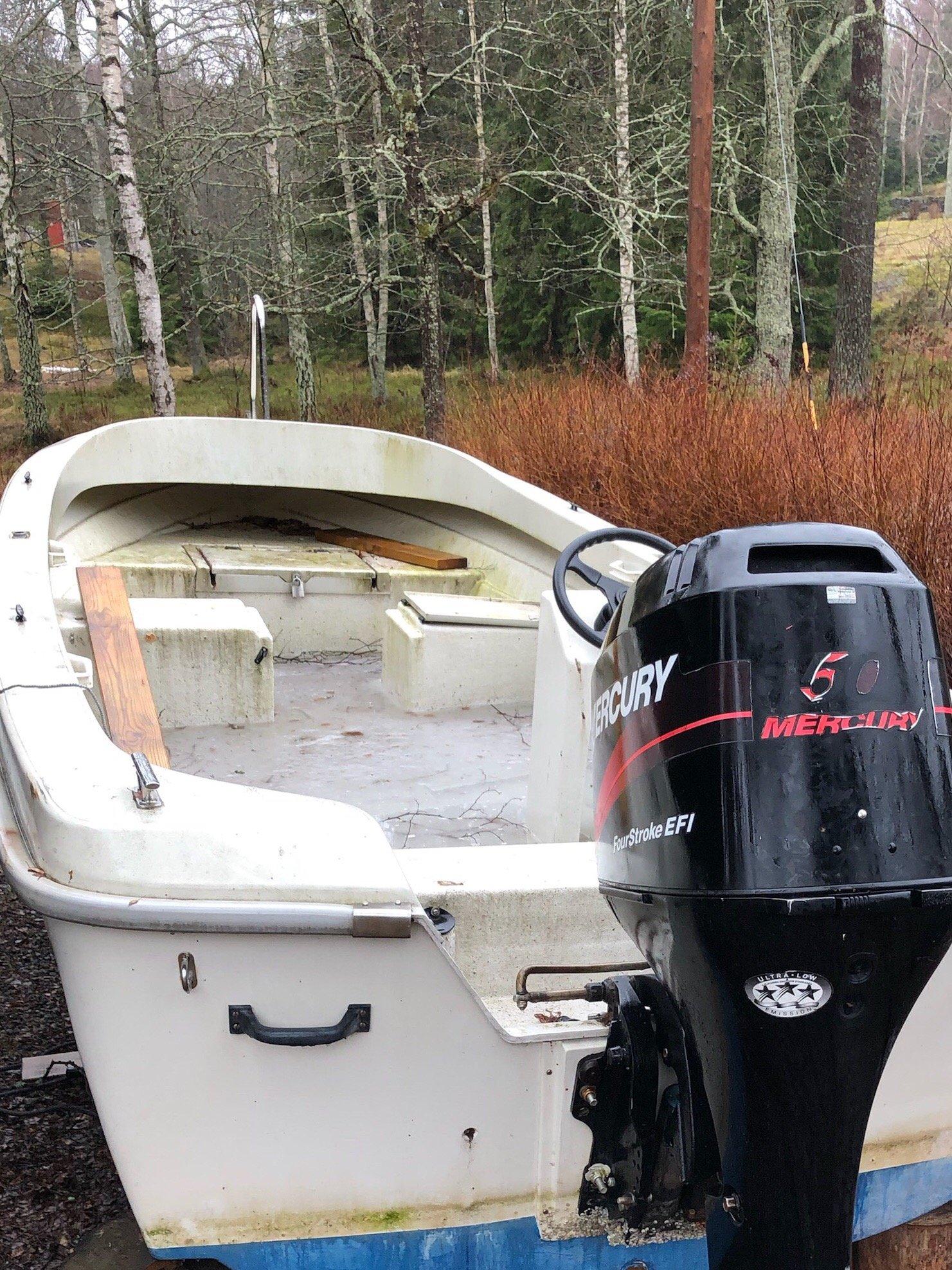 plasta in båt vinter