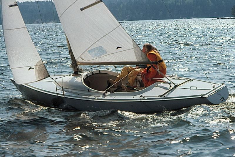 mustang junior segelbåt